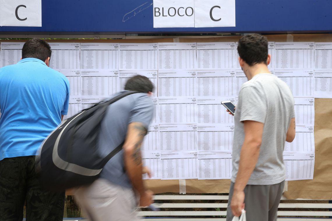 Candidatos fazem provas do Enem neste domingo na União Pioneira de Integração Social na Aasa Sul - Marcello Casal JrAgência Brasil