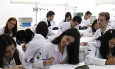 Curso de Medicina da PUC-SP une tradição e inovação